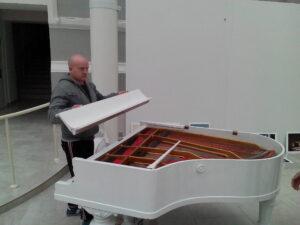 как перевезти рояль