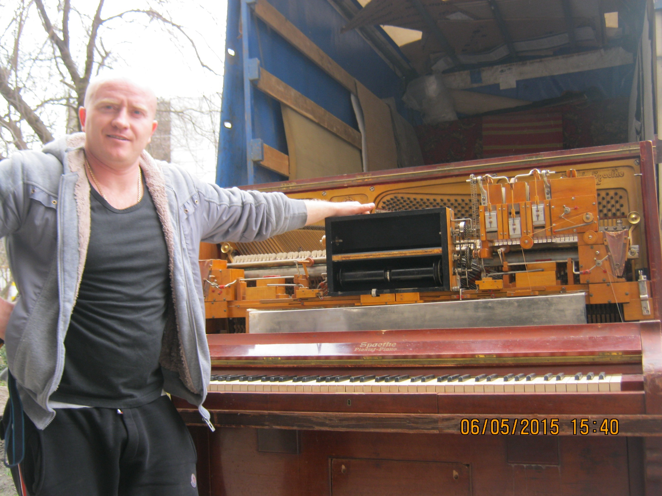 Перевозка пианино Wilhelm Spaethe и история инструмента